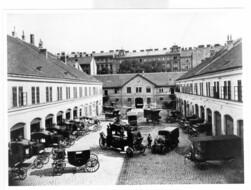 Innenhof der Bestattung Wien um 1910