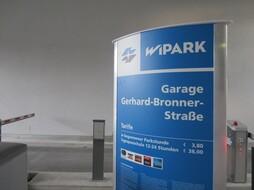 Garage Gerhard-Bronner-Straße